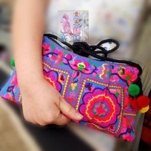 Fashion Ethnic Wind Embroidery bags..