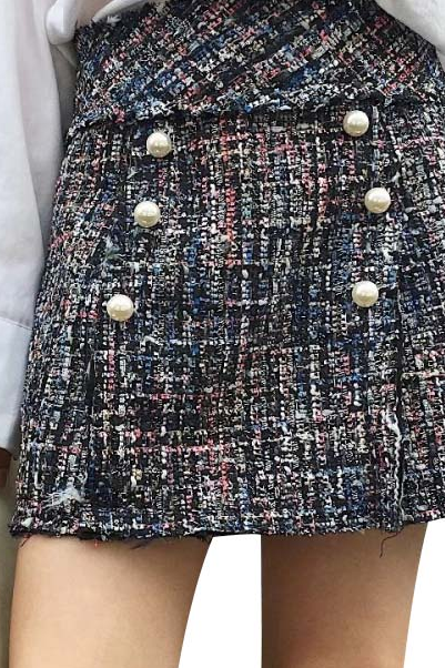 Pearls weave mini skirt